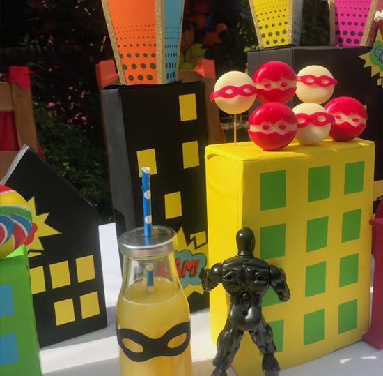 Super Hero Party Box